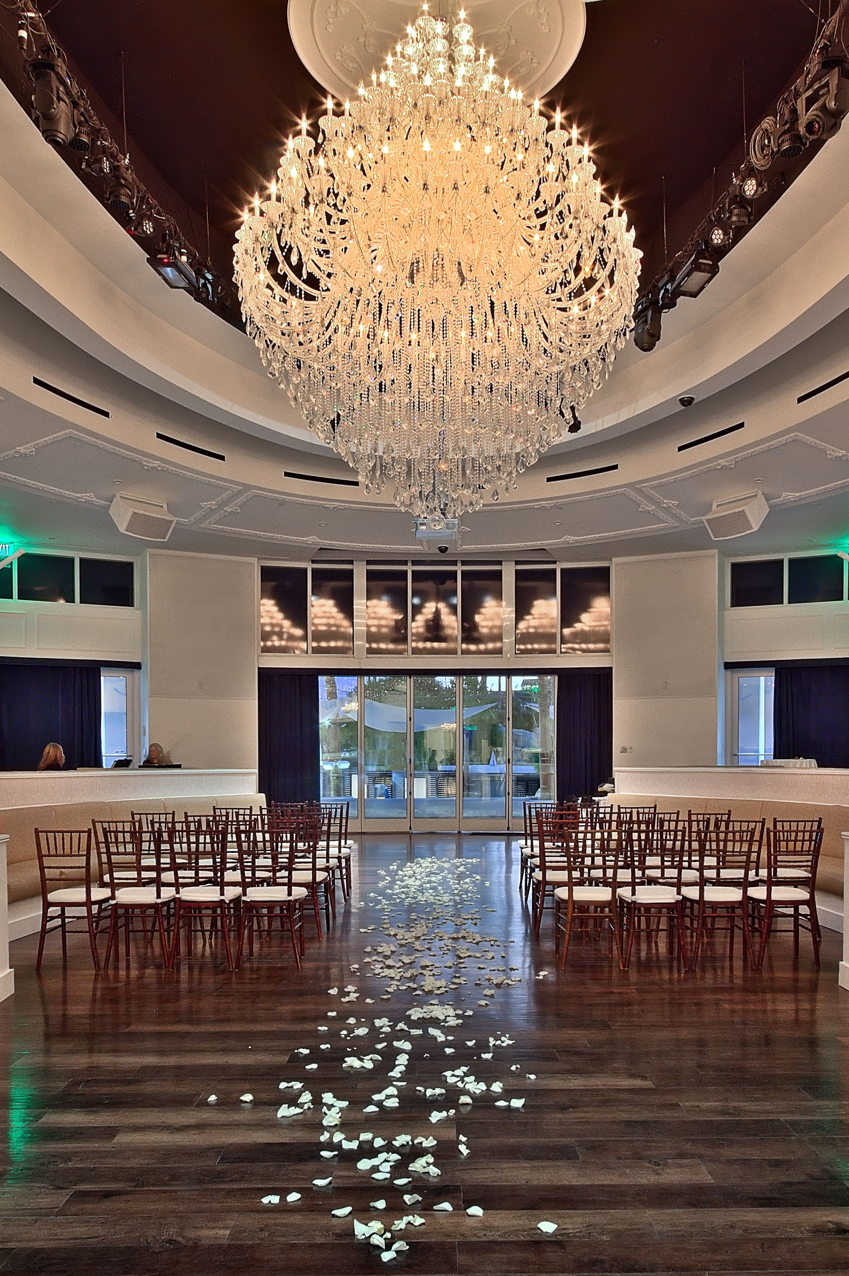 The Giant Chandelier Adds Perfect Touch To A Modern Ceremony In Tropicana S Havana Room Las Vegas Weddingsvegas