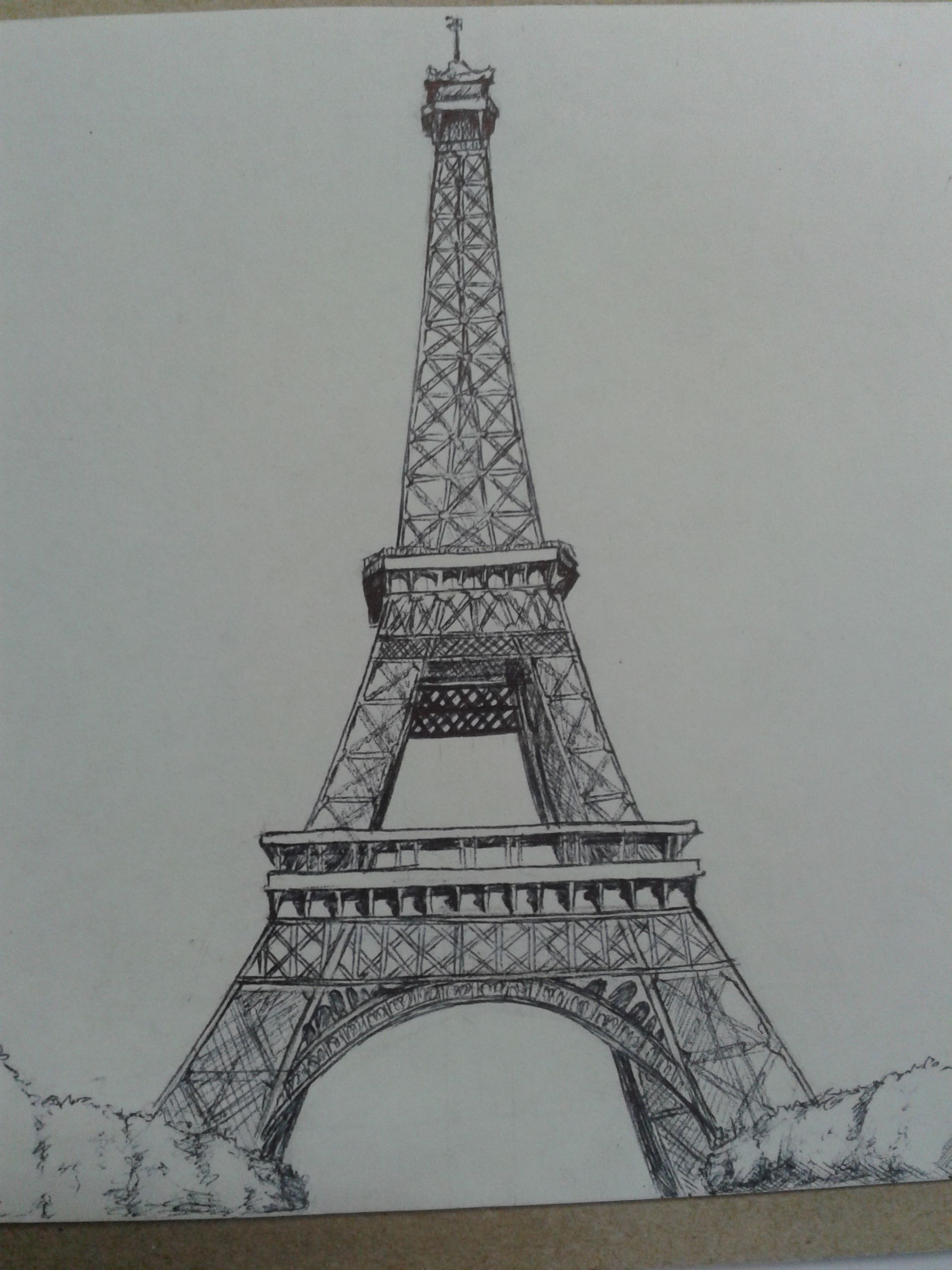 peque o dibujo de la torre eiffel a boli bic dibujos pinterest. Black Bedroom Furniture Sets. Home Design Ideas