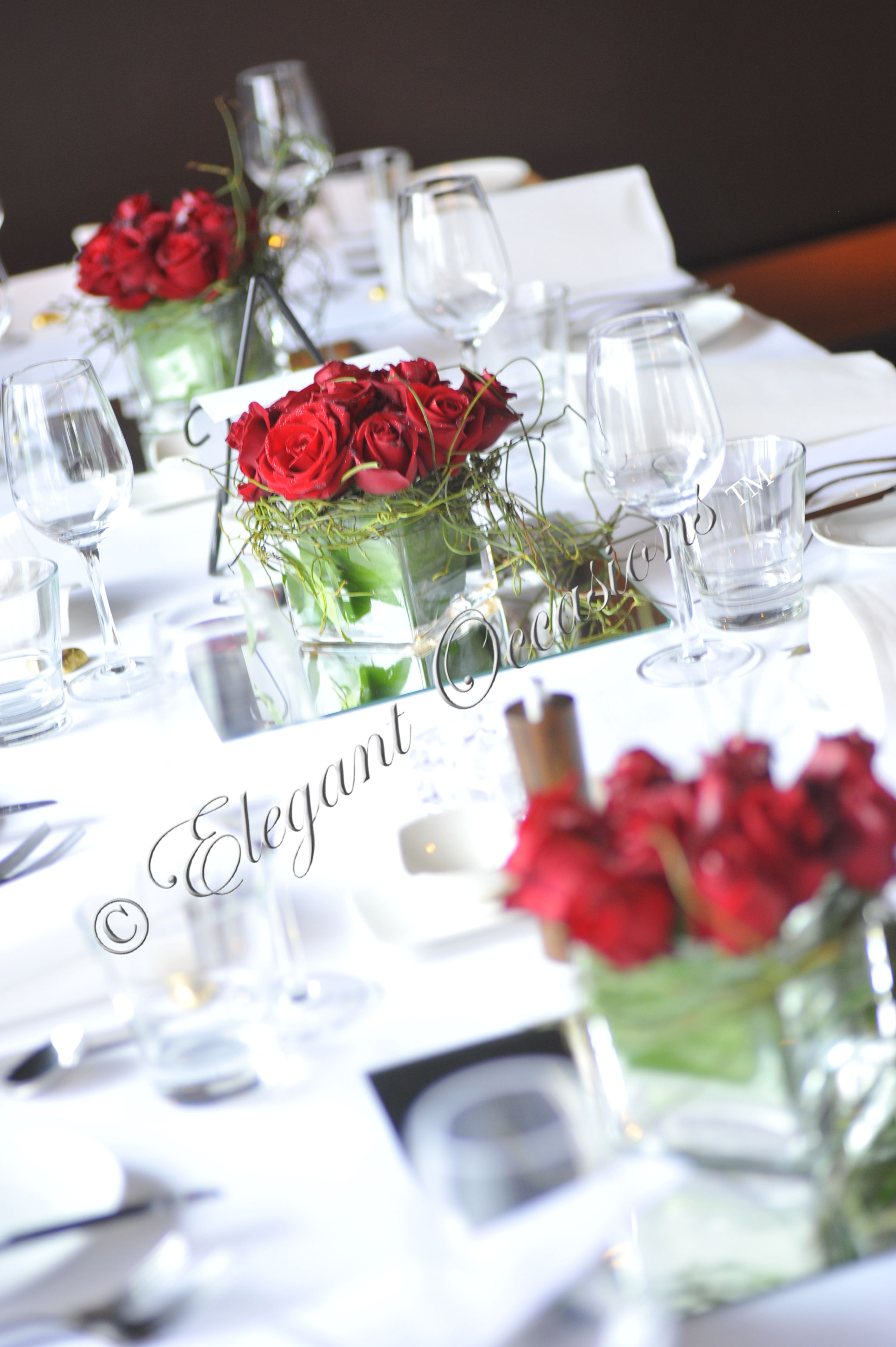 red rose centrepieces | Fairytale Wedding & Ideas | Pinterest | Red ...