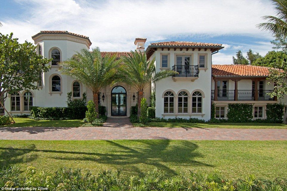 Beautiful Mansions For Sale he's movin' out! billy joel's florida mansion for sale again at