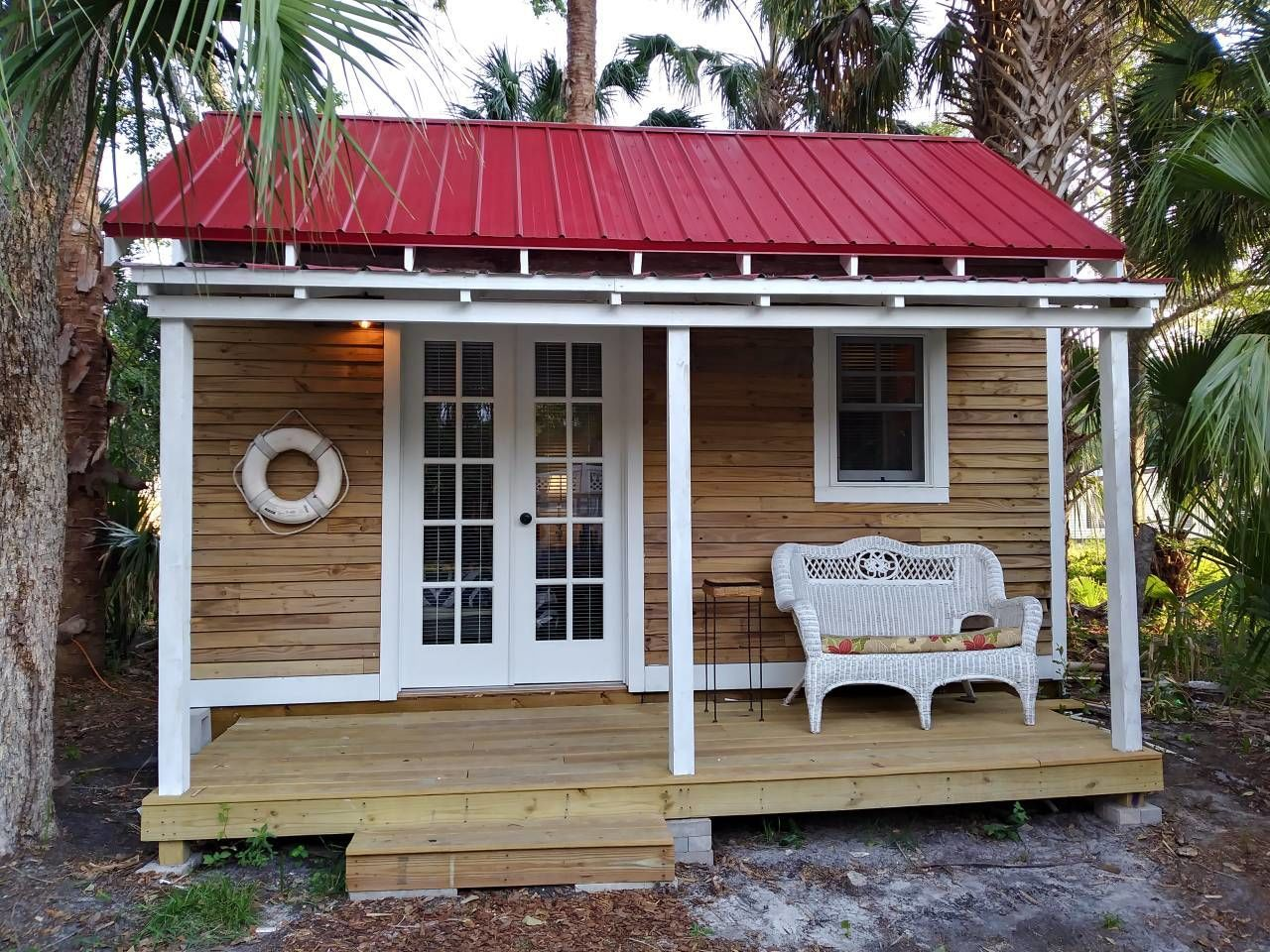 Magnificent The Most Adorable Tiny Homes In Every State For The Home Interior Design Ideas Clesiryabchikinfo