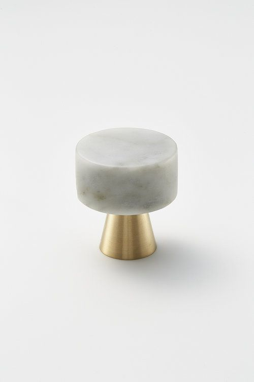 Delicieux Door Knob Duo Brass Marble