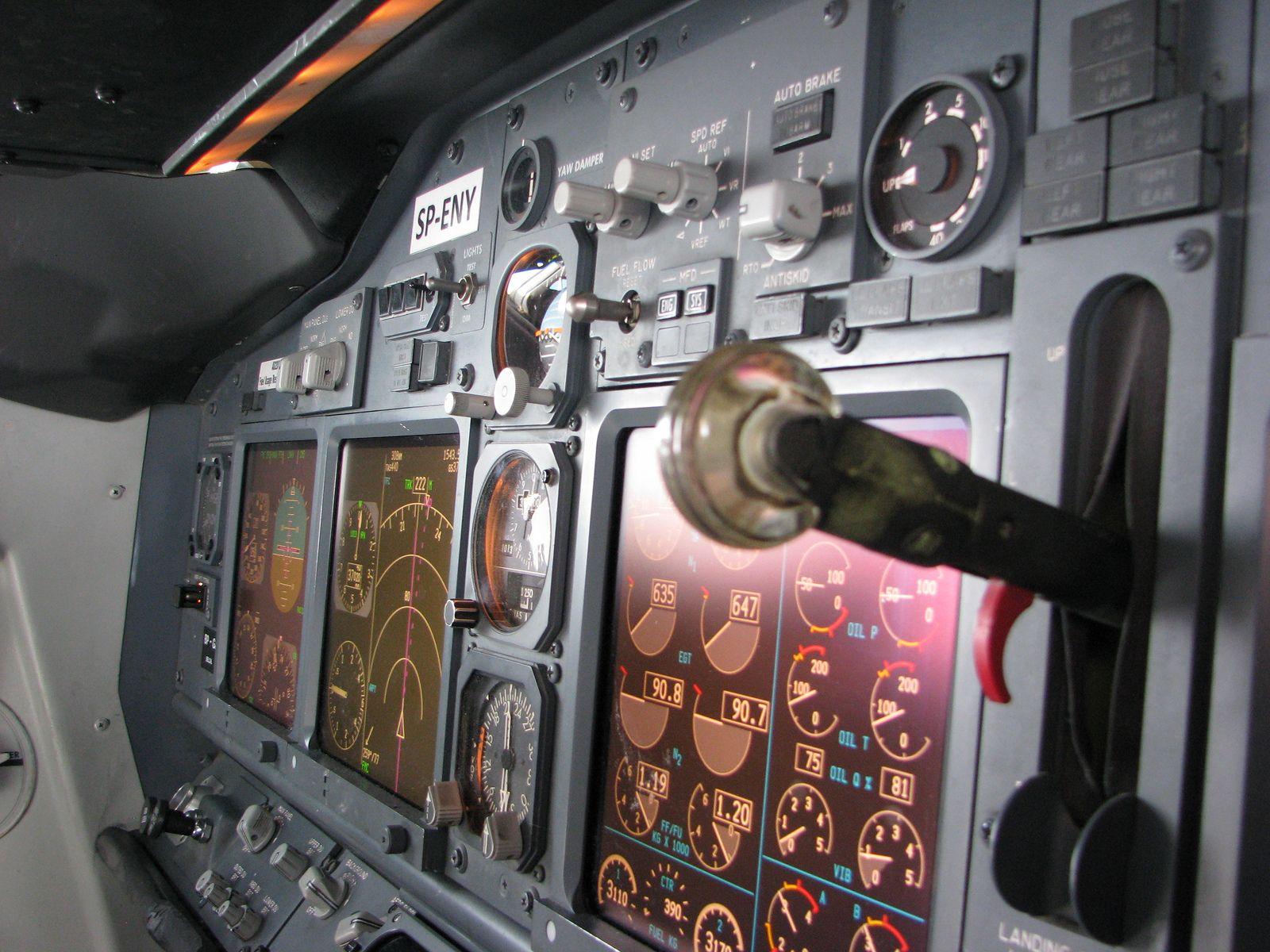 B737NG      Flying!   Air travel, Alaska airlines, Aviation