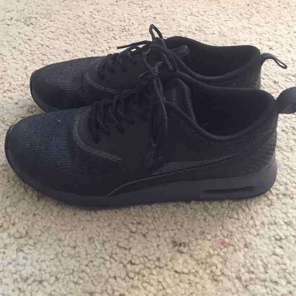 All black Nike Thea's In great condition! Only wore it to work for a couple of times (work was indoors) but I found something better. Nike Shoes Athletic Shoes