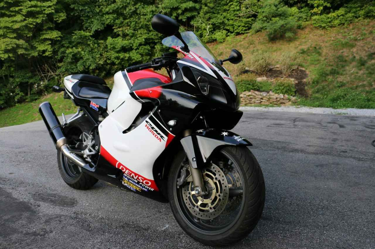 Check out this Used 2002 Honda CBR 600F4I1 Motorcycles For ...