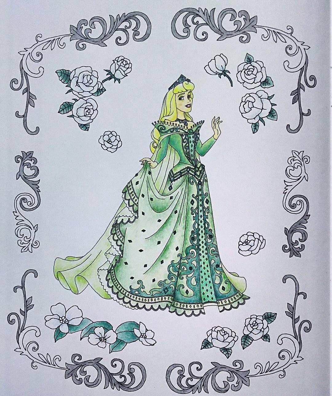 緑 大人の塗り絵 旅するディズニー塗り絵 コロリアージュ