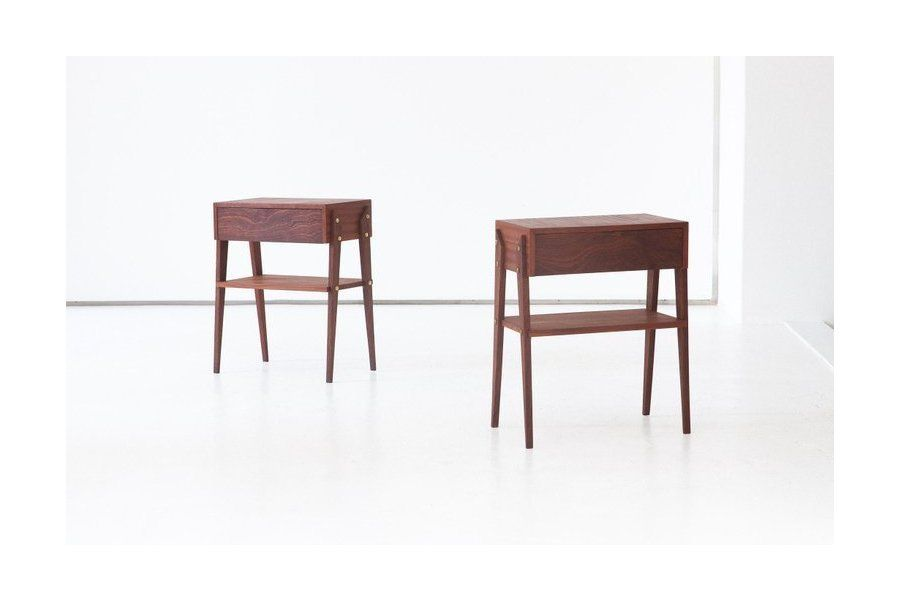 Best Pair Of Italian Mahogany Wood Bedside Tables 1950S 400 x 300