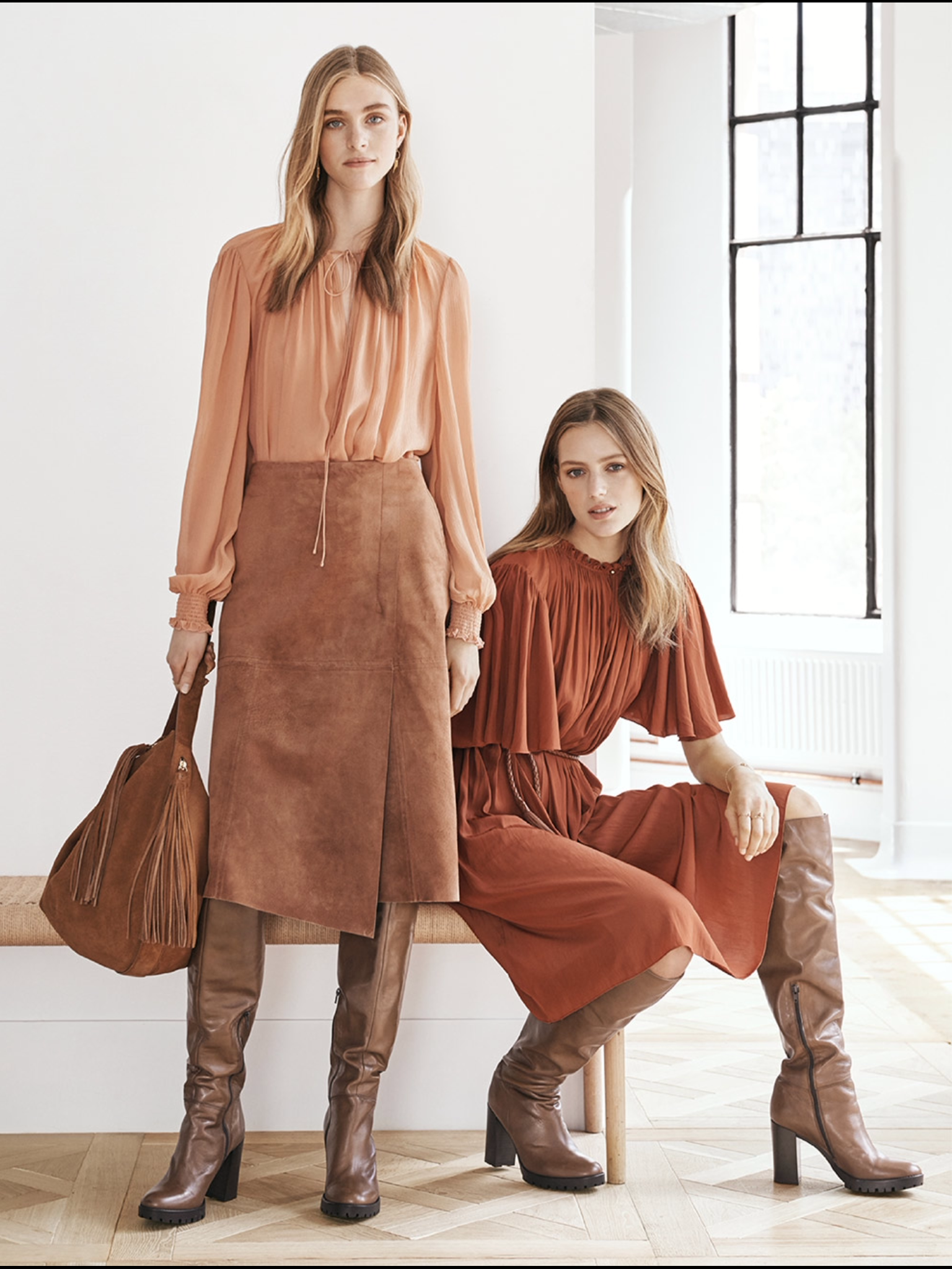 Long suede skirt and boots. | Fashion | Pinterest | Gonne e Stivali