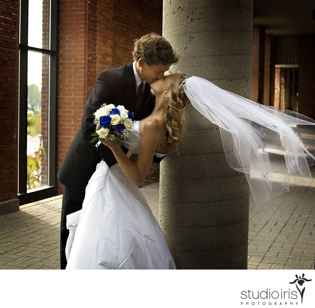 Studio Iris Photography Montreal Wedding Photographers Best Photographer In Iconic