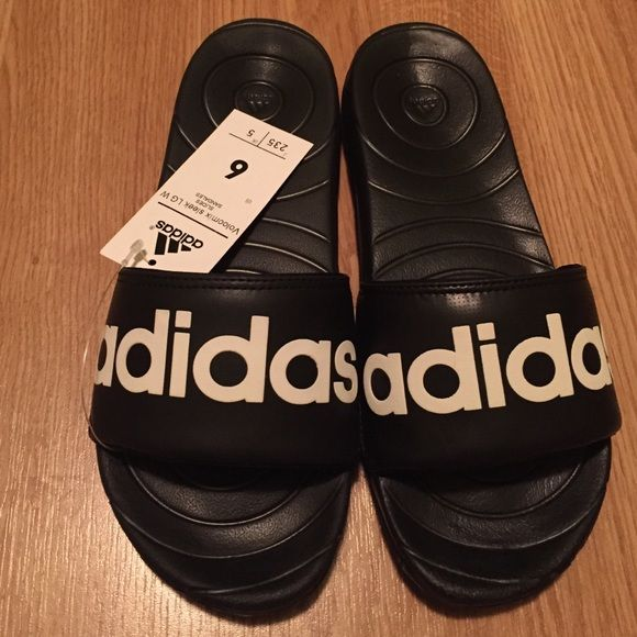 72f06c213b25 Adidas Voolomix black slides 6womens! Lounge in style with these Adidas  slides! Brand new