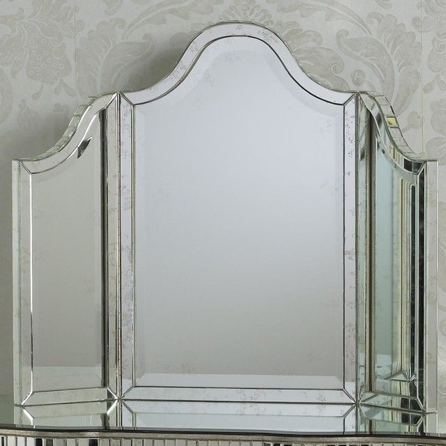 Lights Tri Fold Vanity Mirror