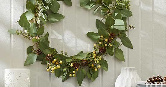Photo of This simple eucalyptus wreath is the perfect year-round decoration