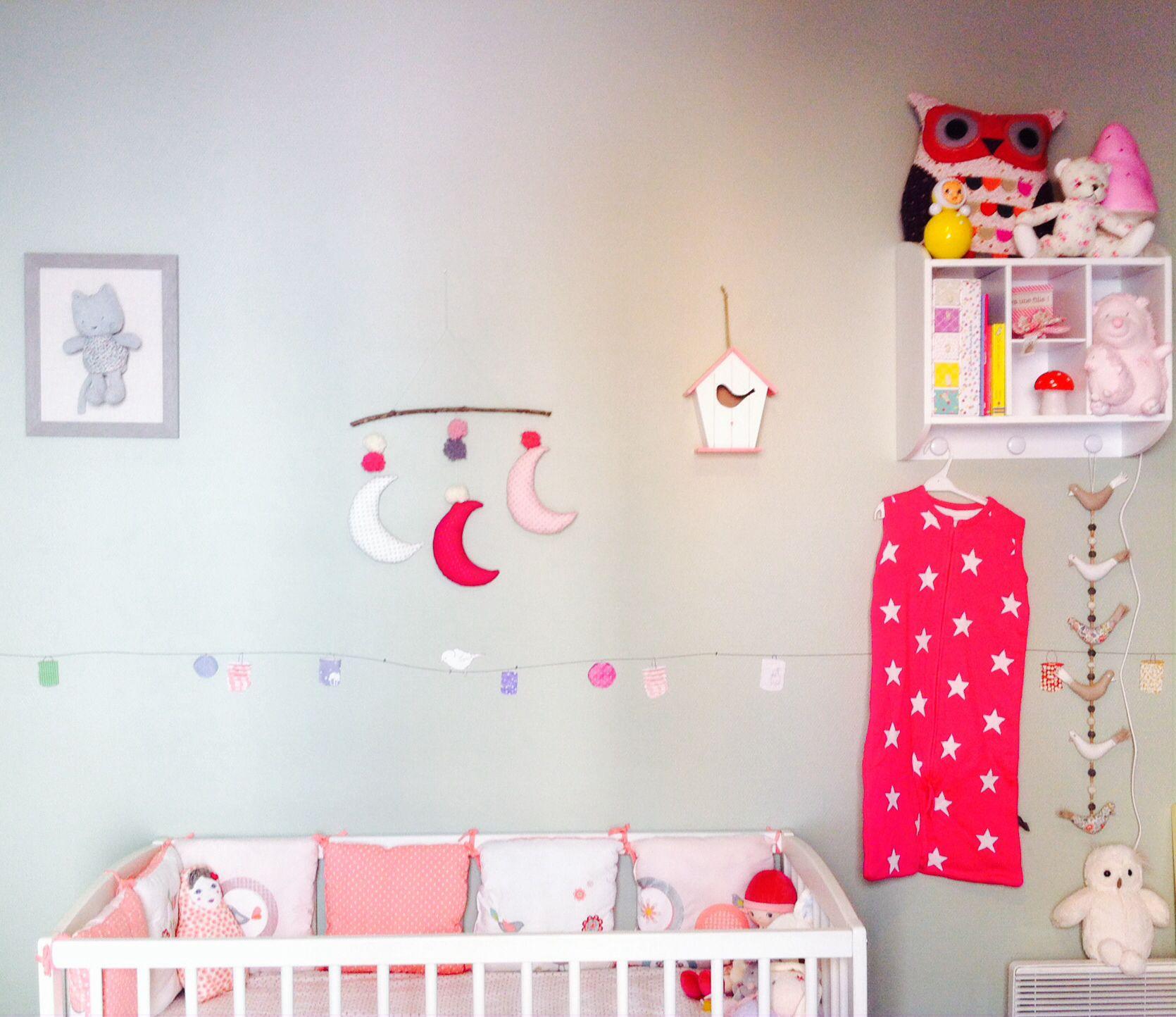 coin b b dans chambre parents nursery multicolore chambre b b pinterest baby. Black Bedroom Furniture Sets. Home Design Ideas