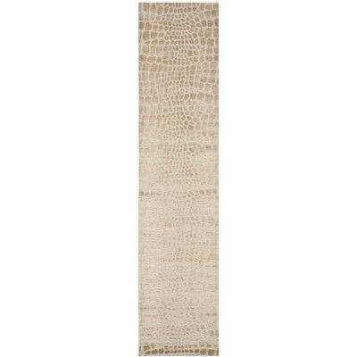 Safavieh Amazonia Hand-Tufted Ivory Area Rug Rug Size: