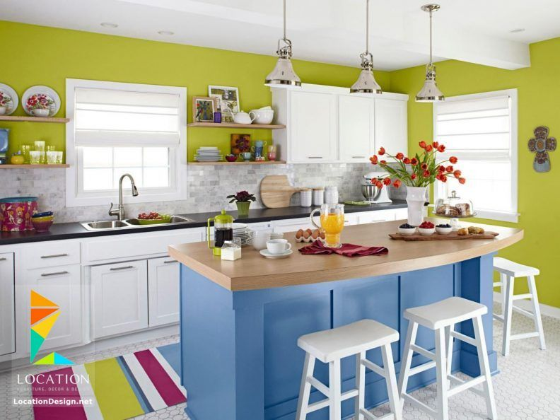 اليكم احدث صور تصاميم وموديلات مطابخ مودرن على شكل جزيرة فالجزيرة الوسطى أو طاولة إعداد الط Kitchen Design Small Very Small Kitchen Design Kitchen Design Color