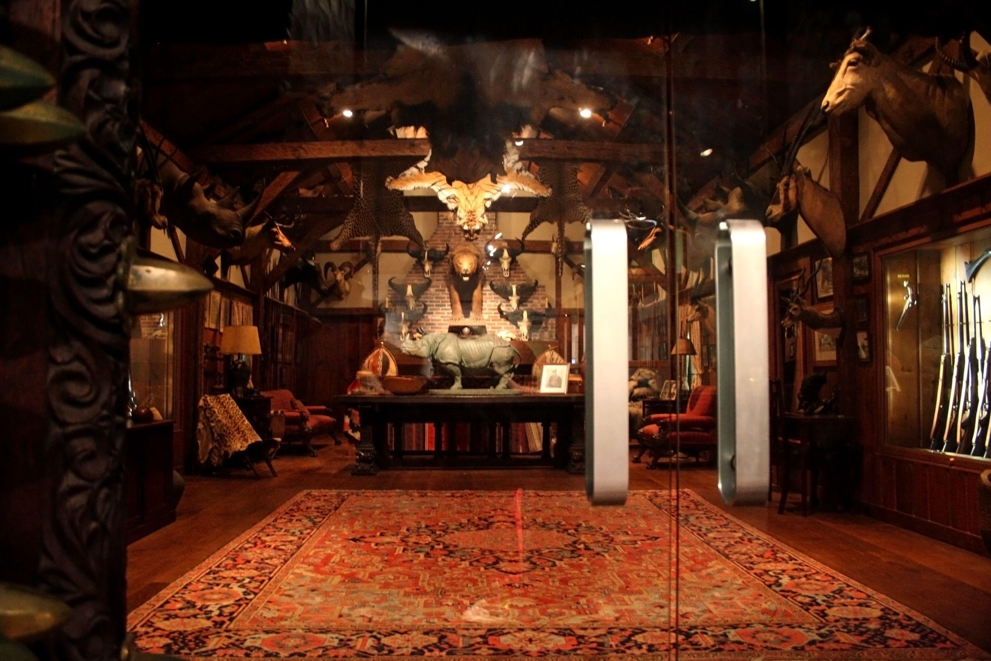 Colby-Room-Large.jpg (3456×2304) | Trophy Room Museum of Science ...