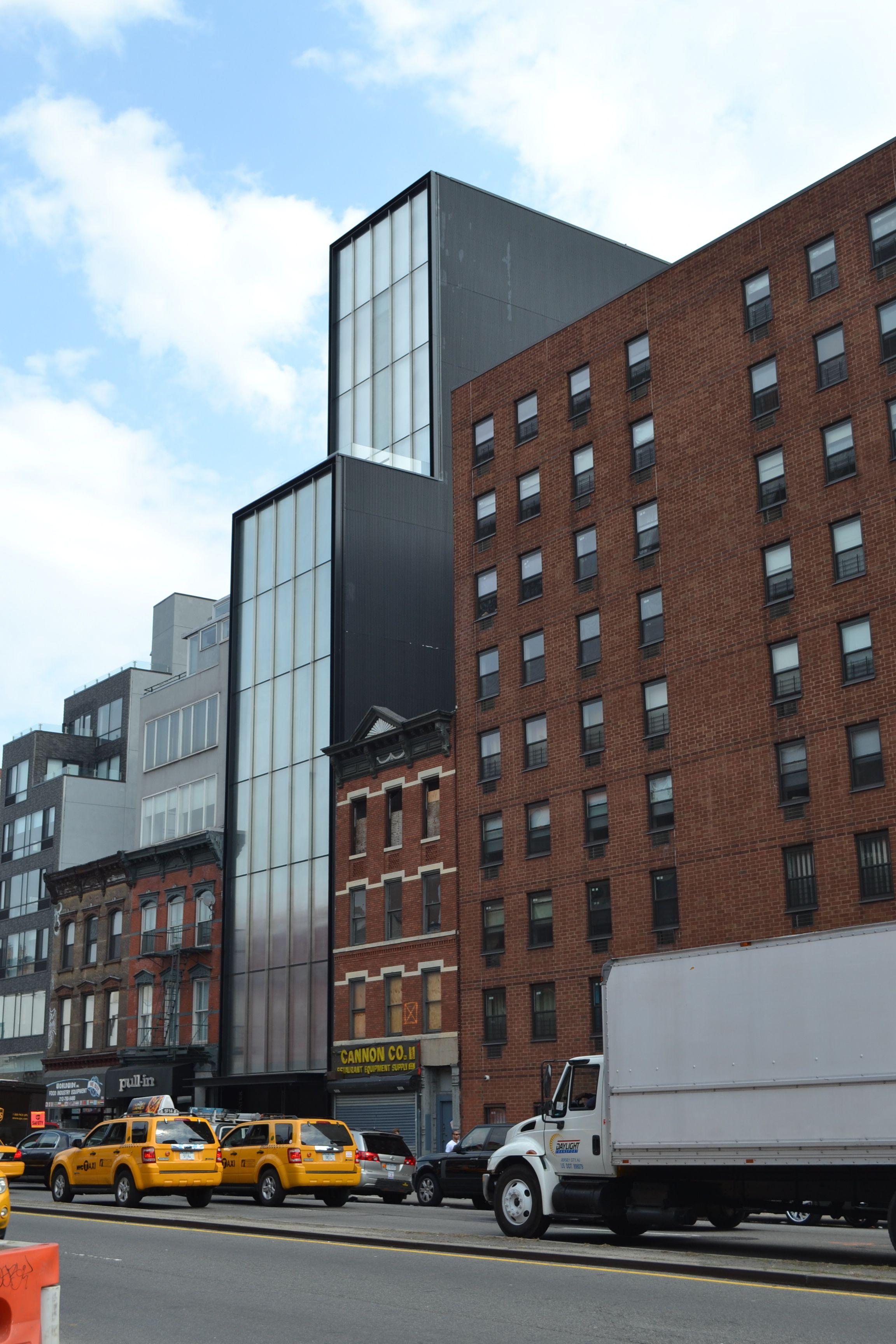 norman foster's sperone westwater gallery in new york