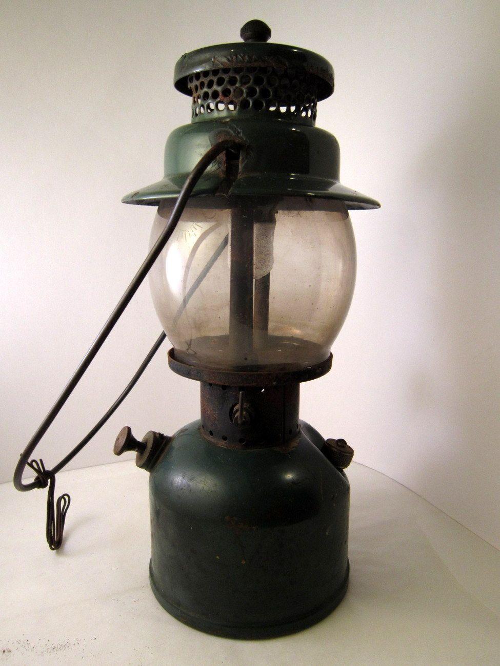 1945 Coleman Lantern Model 242C Green Single Mantle Liquid
