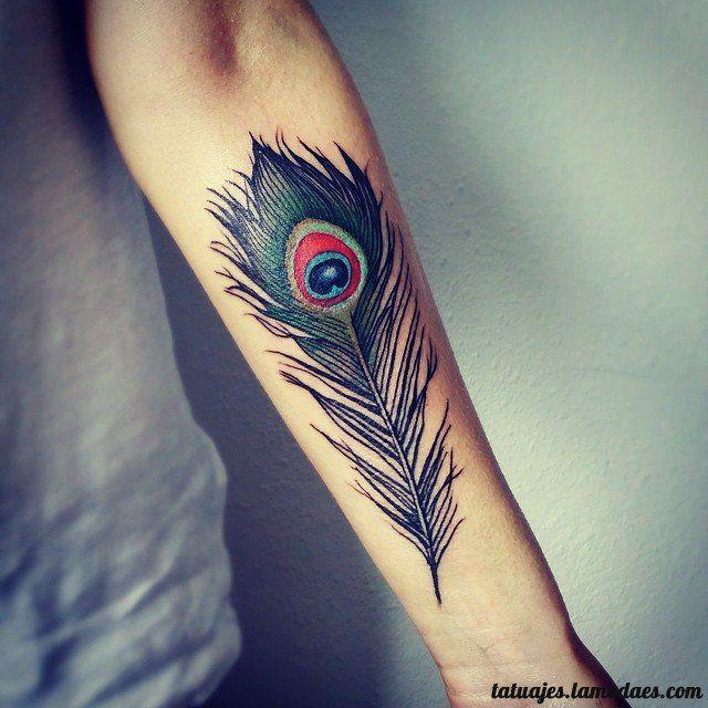 Los Tatuajes De Plumas Es Uno De Los Más Buscados Dado Su Simbolismo
