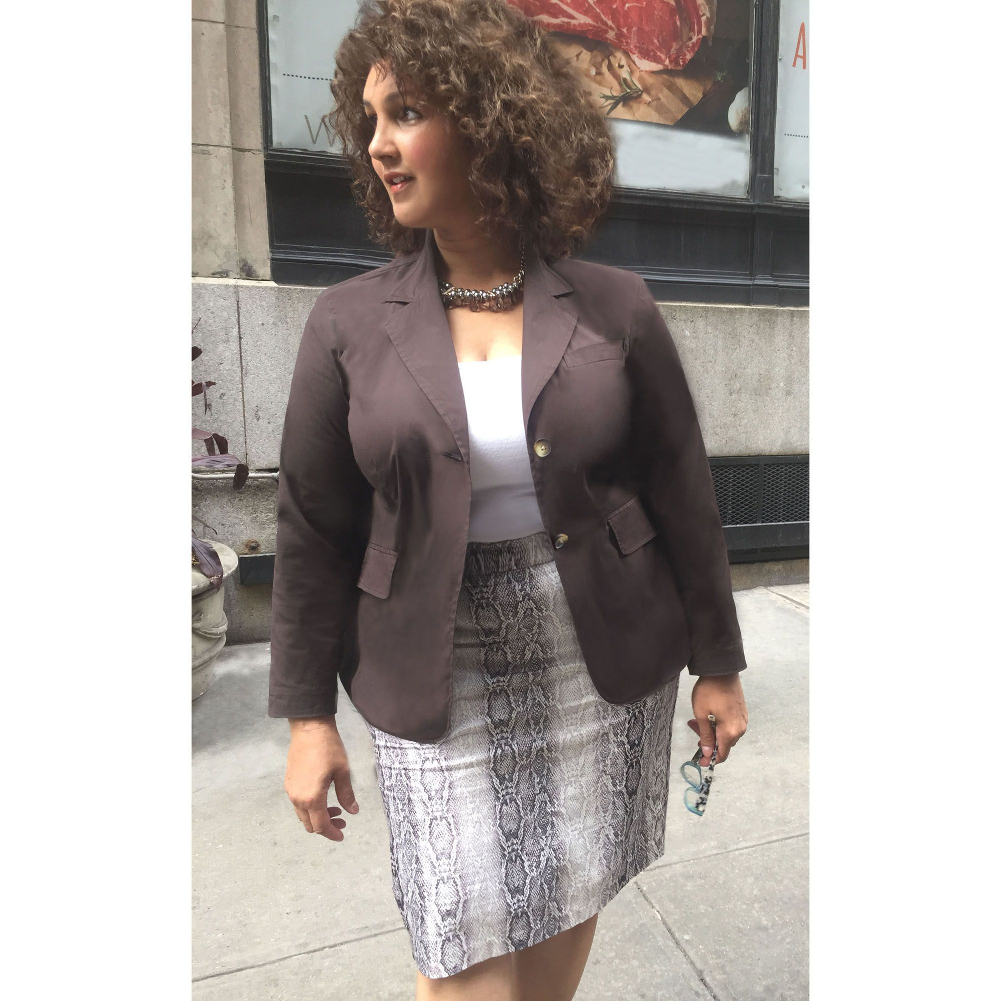 3d2956bc788 THE CHRISSA SKIRT https   www.tdnewyork.com shop plus-size-pencil-skirt