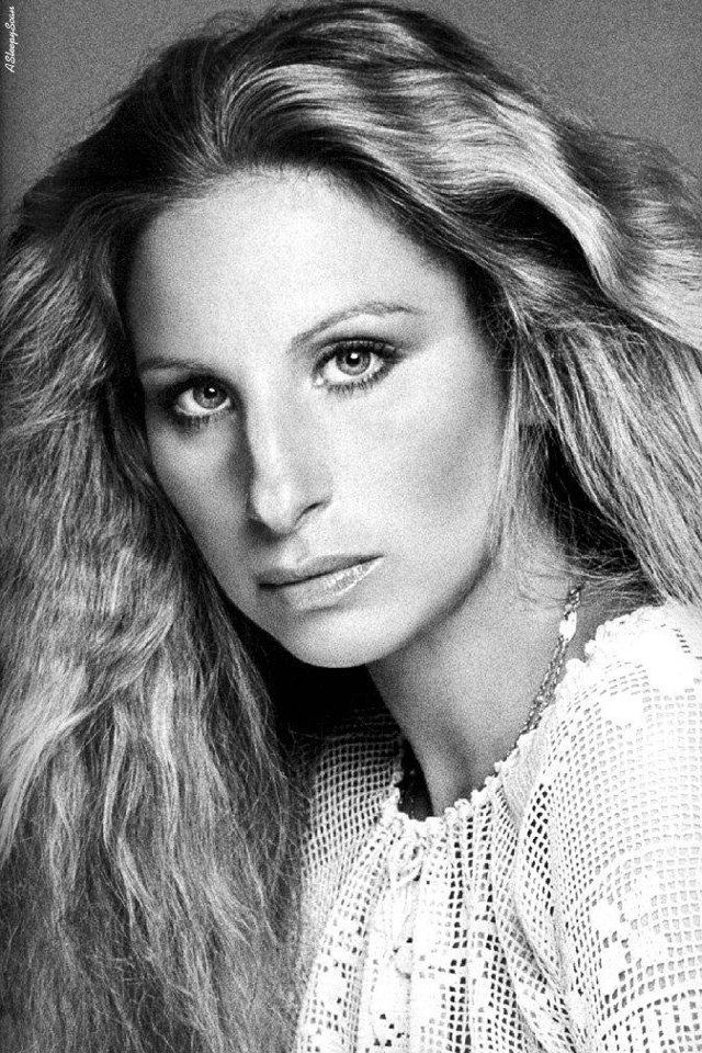 Celebrities Who You Probably Never Noticed Have Wonky Eyes Barbra Streisand Barbra Portrait