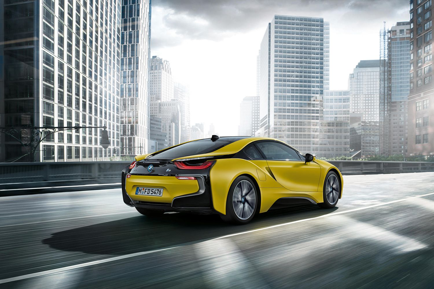 Bmw I8 Gets New Protonic Frozen Black And Frozen Yellow Paint