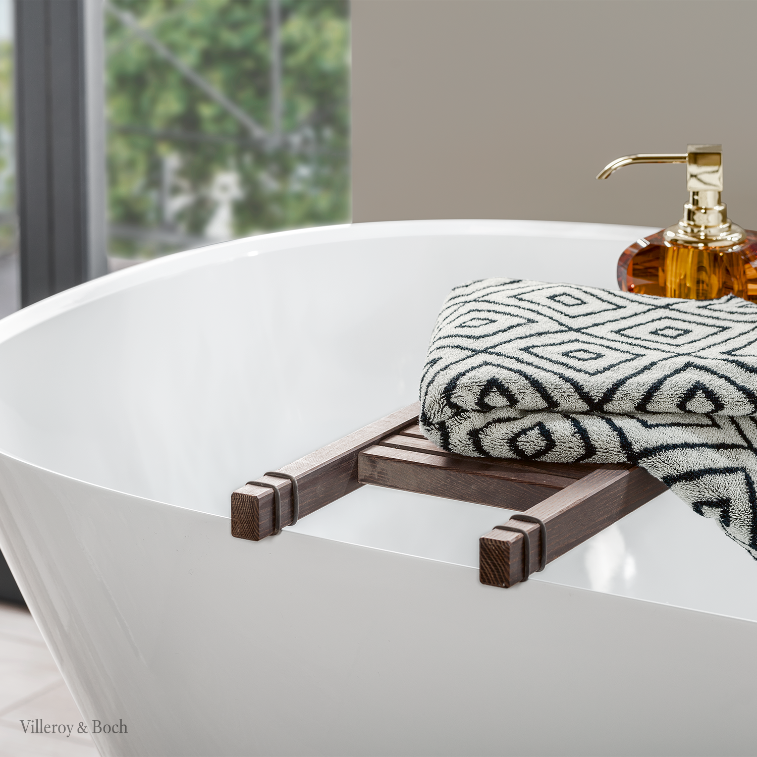 Stay At Home And Enjoy Your Personal Wellness Area In 2020 Badewanne Handtucher