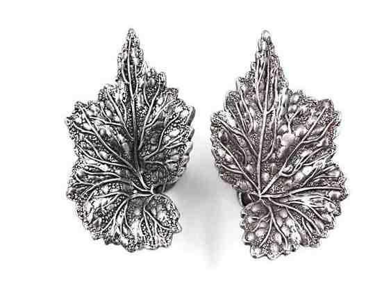 Vintage Sterling Silver Grape Leaf Screw Back Earrings - Mid-Century Vintage Sterling Silver Grape Leaf Screw Back Earrings - Mid-Century -  -