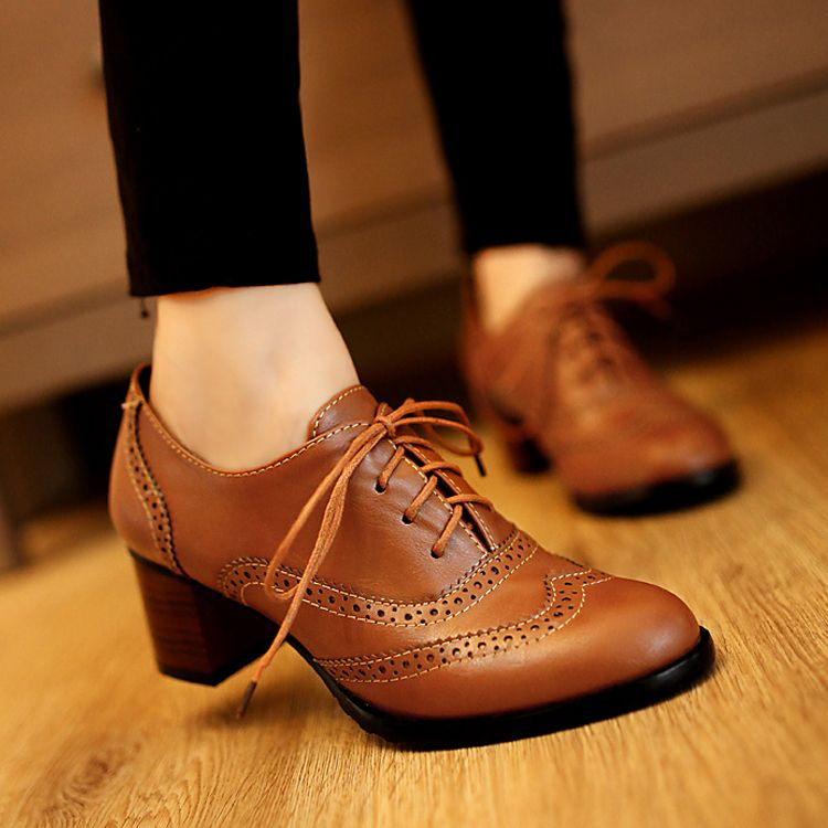 Classic Vintage Brown White Black Leather Carved Chunky Square High Heel  Oxford Shoes For Women Plus