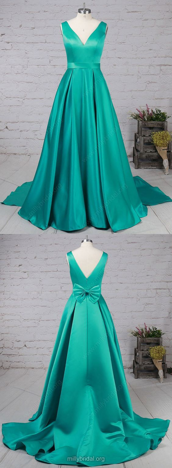 Blue and green prom dress  Green Prom DressesLong Prom DressesPrincess Prom Dresses Vneck