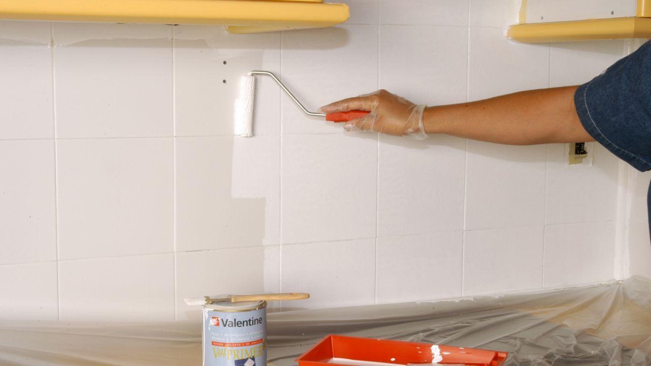 C mo pintar azulejos paso a paso en 2019 cocina - Pintura para azulejos bano ...