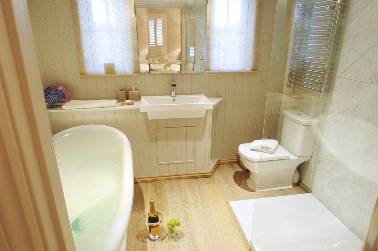 Luxury Cottage Mullion Cove, Luxury Holiday Cottage near ...