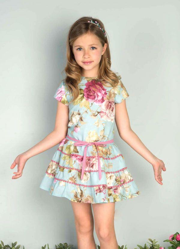 936127b63 Ropa de niña vestido precioso colores muuuy lindos. Pilar Batanero la nueva  colección primavera-verano ya está aquí   Minimoda.es