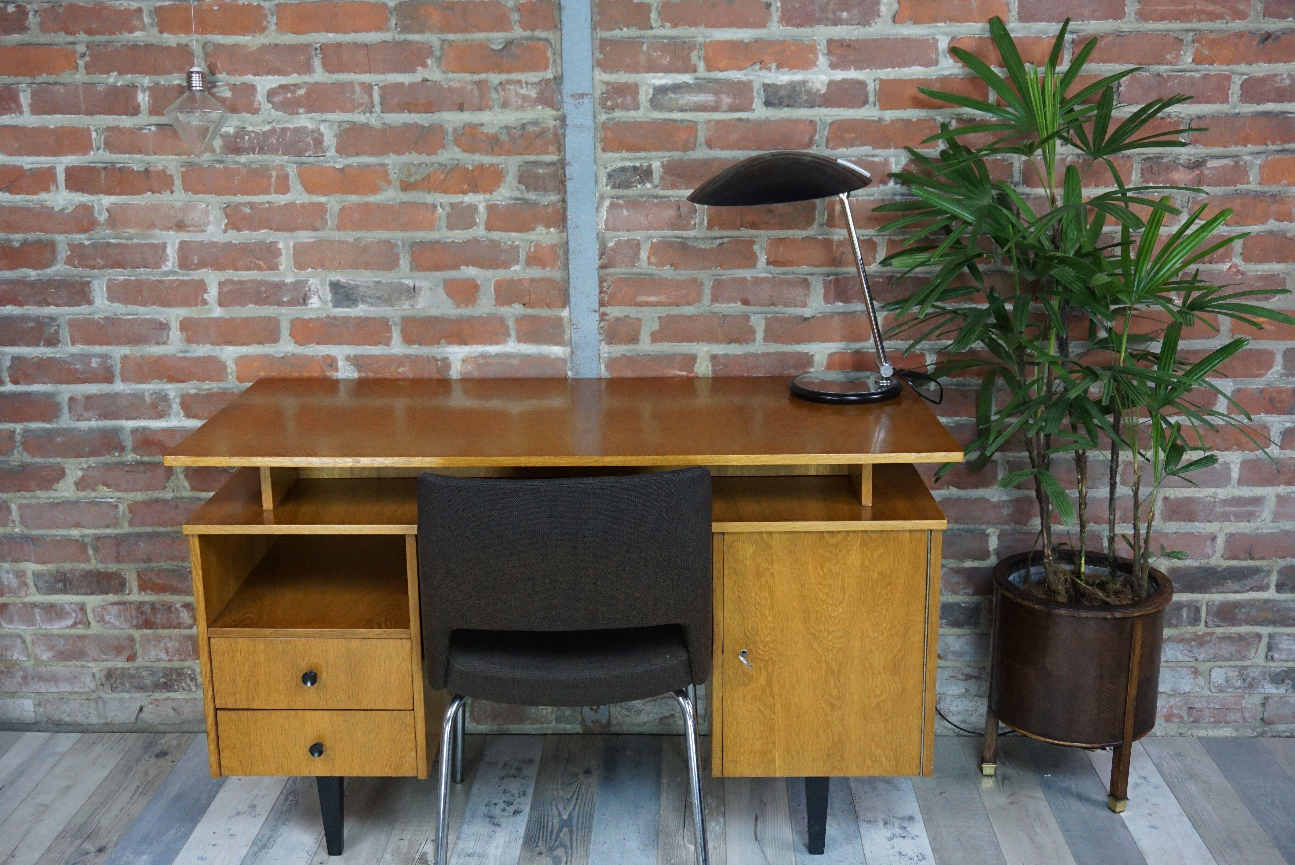 Bureau en bois années style scandinave d occasion vintage