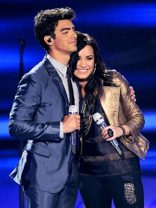 demi and joe dating 2011