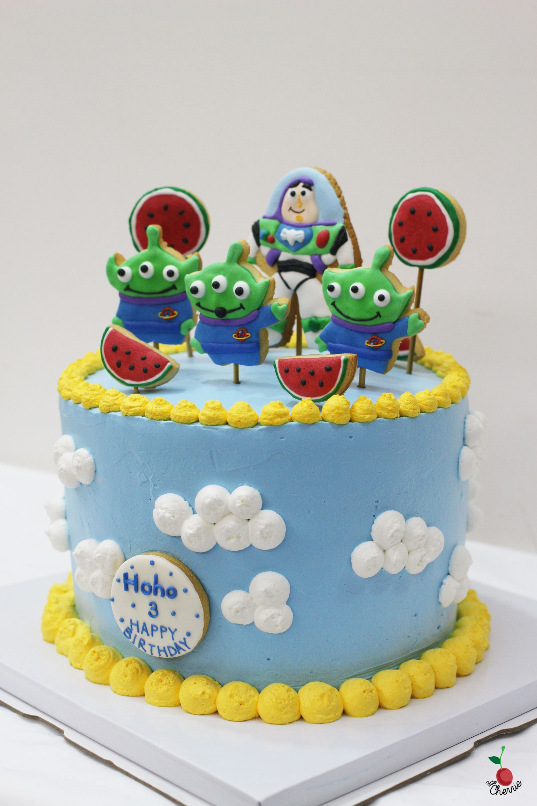Toy Story Little Green Men Birthday Cake Angel Food Cake With Fresh