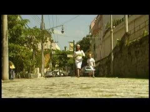 Carol Saboya sings Jobim