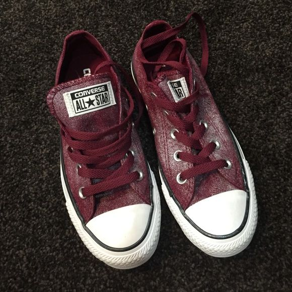 da0b4c4e4202 Maroon converse Maroon and silver shimmer on top of the maroon colored  converse. Rare shoe