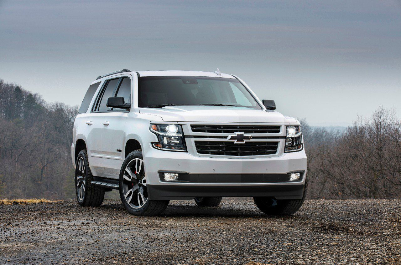 Yes You Can Drift The 2019 Chevrolet Tahoe Rst But Please Don T