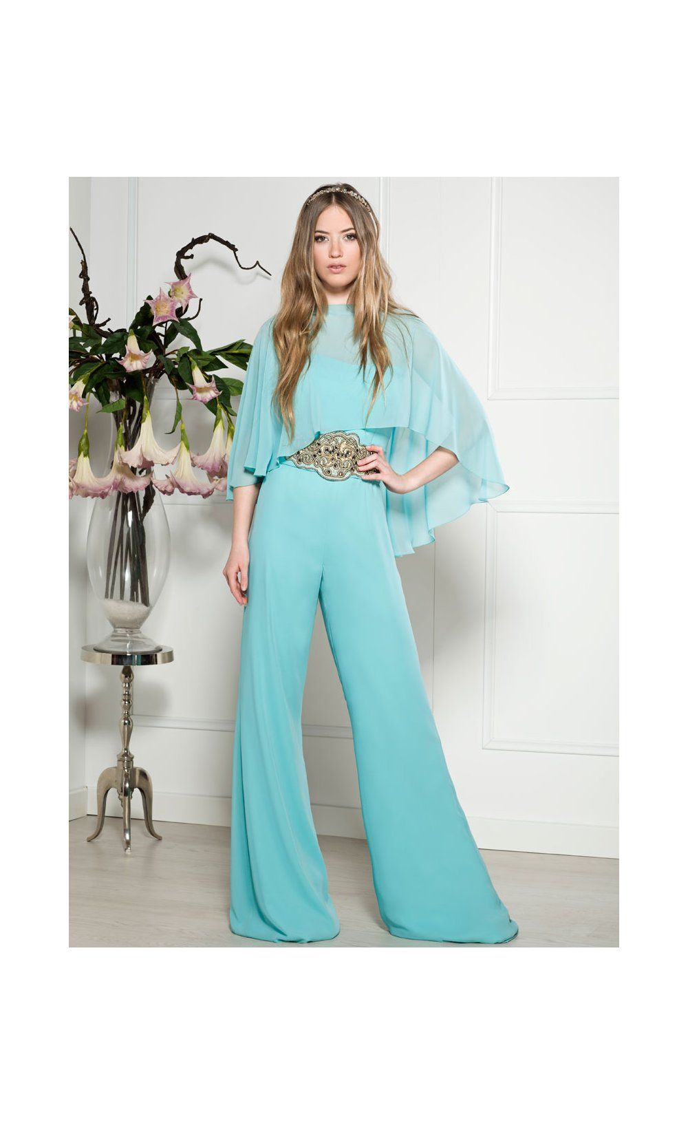 Mono ANA TORRES Capelina | jumpsuit | Pinterest | Complete outfits ...