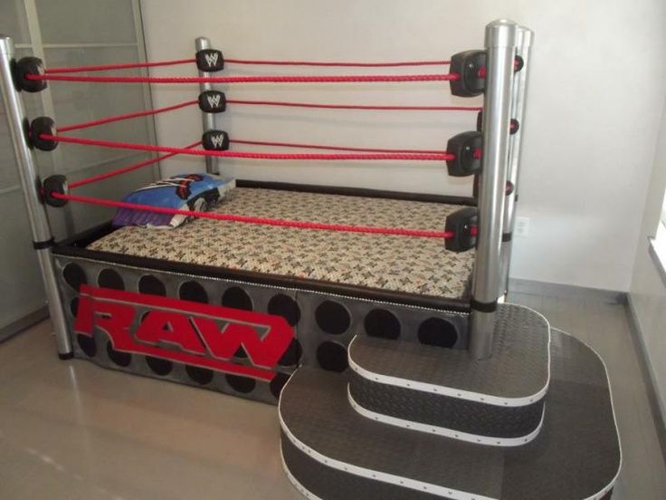 A Wrestling Ring Bed No One Would Sleep Just Play P Wwe Bedroom Wrestling Ring Bed Boys Bedroom Decor