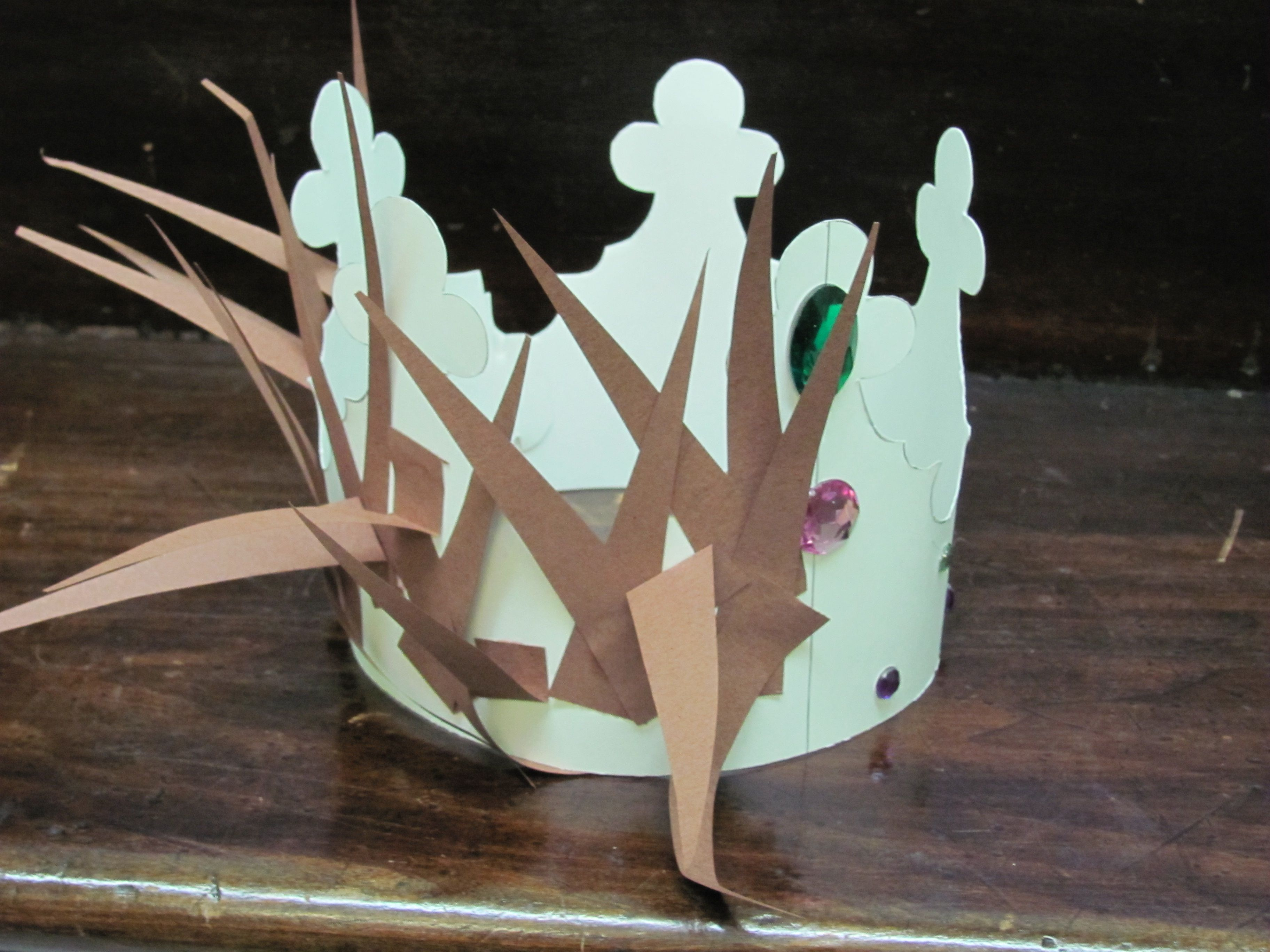 Crafts for sunday school class - Crown Of Thorns Crown Of Glory Art Project