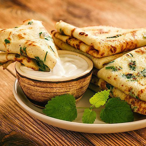 Photo of Low carb parsley pancakes with curd dip – hearty pancake recipe