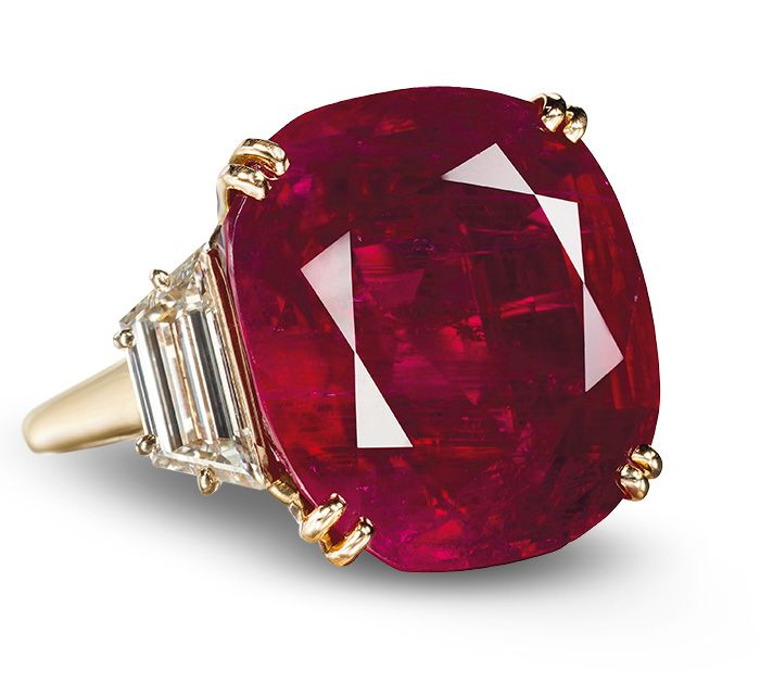 In 2012 This 32 08 Ct Burmese Ruby Ring By Chaumet Sold For A Spectacular Us 6 736 750 Or 209 998 Ct Then A Total Price World Jewelry Modern Jewelry Jewels