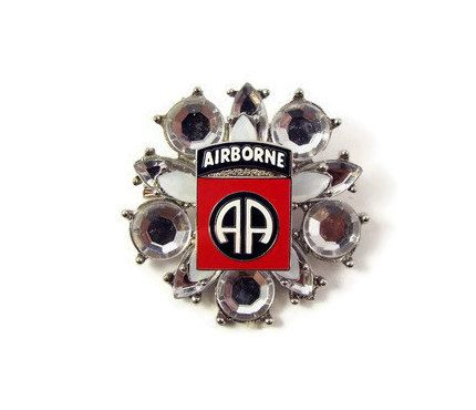 Perfect US Army 82nd Airborne Division Pin Brooch   Mom Wife Fiance Girlfriend  Volunteer Soldier Veteran Retirement Remembrance Jewelry Gift By  ButtonPressed On ...