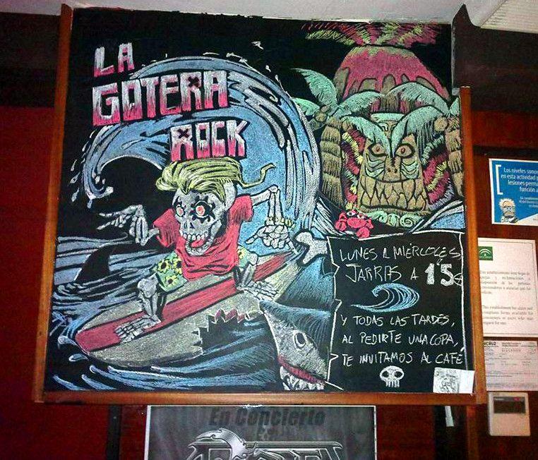 Es viernes, julio, y tenéis que venir a ver la nueva pieza del pub!!! Rock & Surfer Skulls United!!!