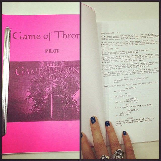 #AlessandraPatitucci Alessandra Patitucci: Regali da NY #gameofthrones grazie @tammylla #script
