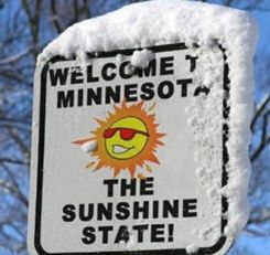 Funny Christmas Snow Pictures Crazy Drivers In Snow Snowy Scenes With Images Minnesota Funny Funny Signs Minnesota