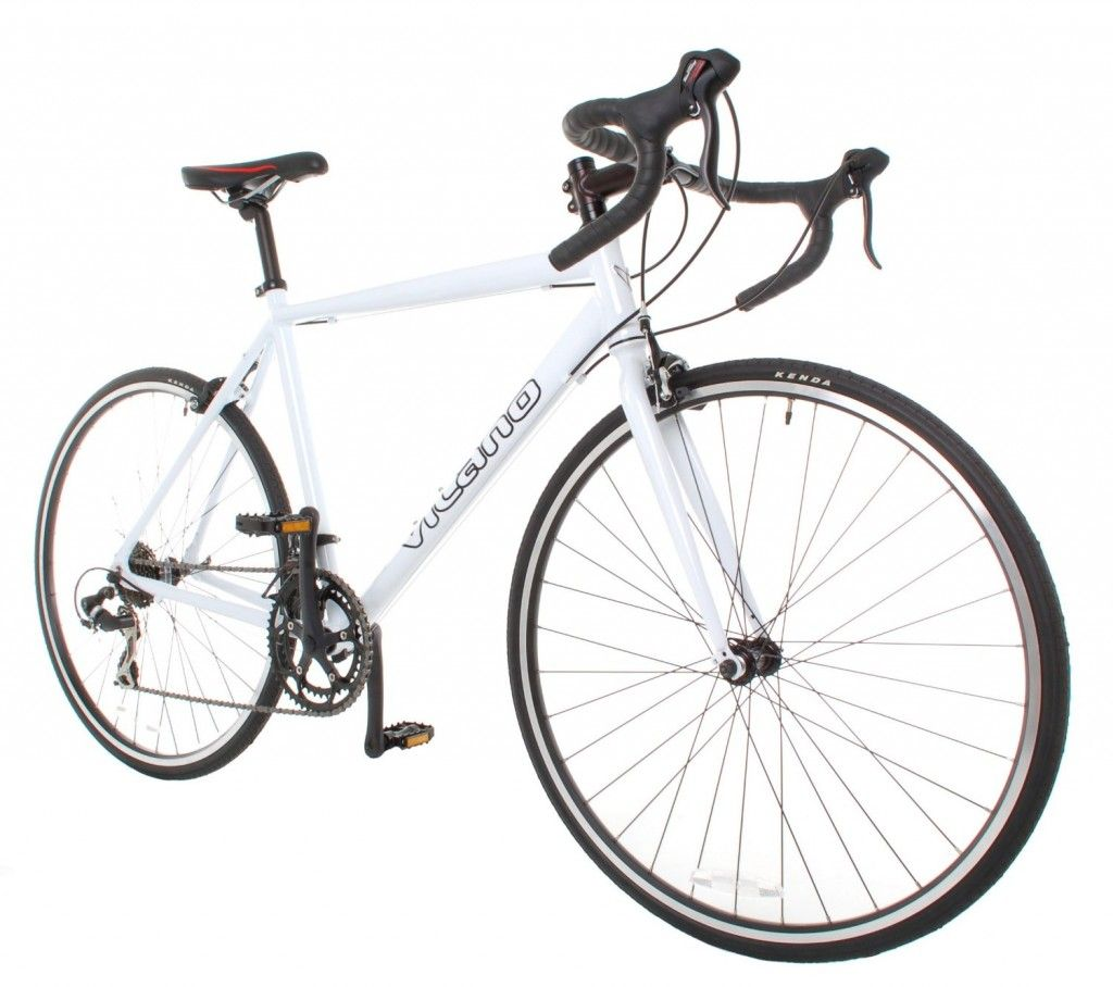 The Vilano Shadow Is Sensibly Priced Entry Level Road Bike Which Is Well Matched For Transforming Suitability Club Rid Best Road Bike Road Bike Bike Reviews