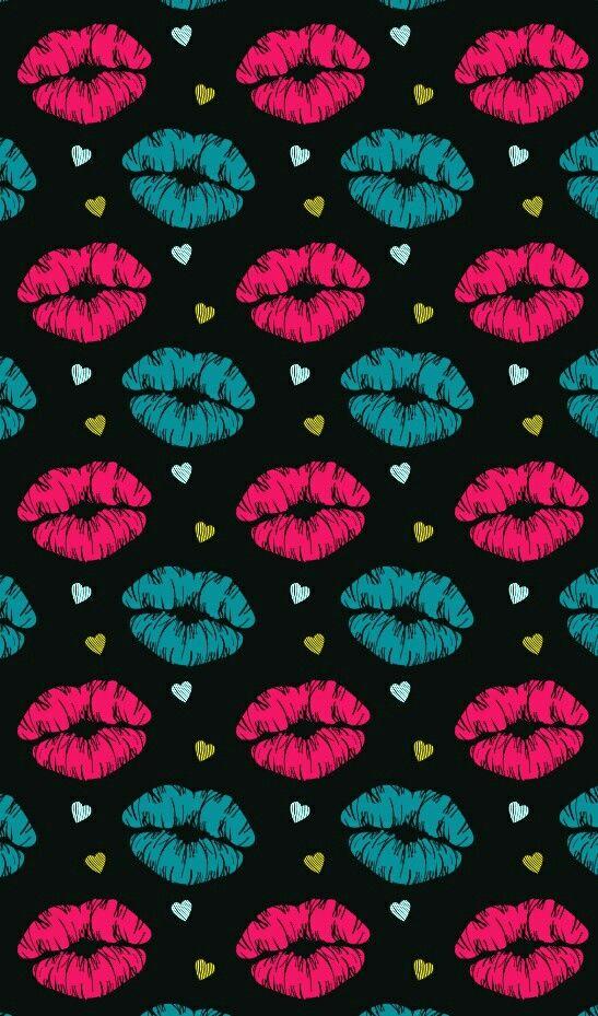 Kisses and hearts wallpaper